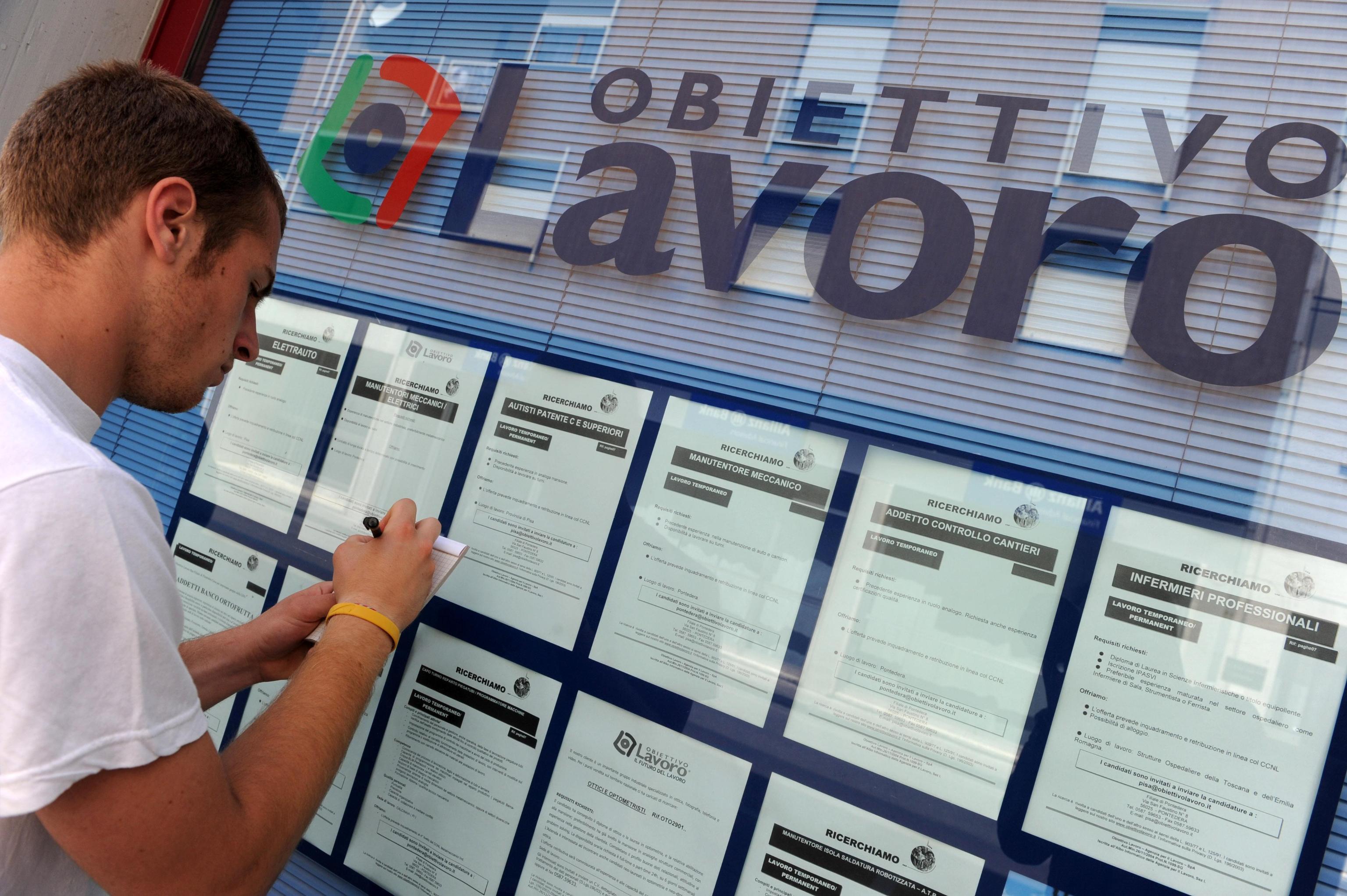 Offerte Lavoro Banco Di Napoli : Lavoro istat i trimestre 2018 situazione stazionaria. gazzetta