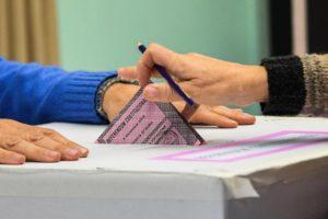 Un momento delle operazioni di voto per il Referendum Costituzionale, 4 dicembre 2016 ANSA/ALESSANDRO DI MEO
