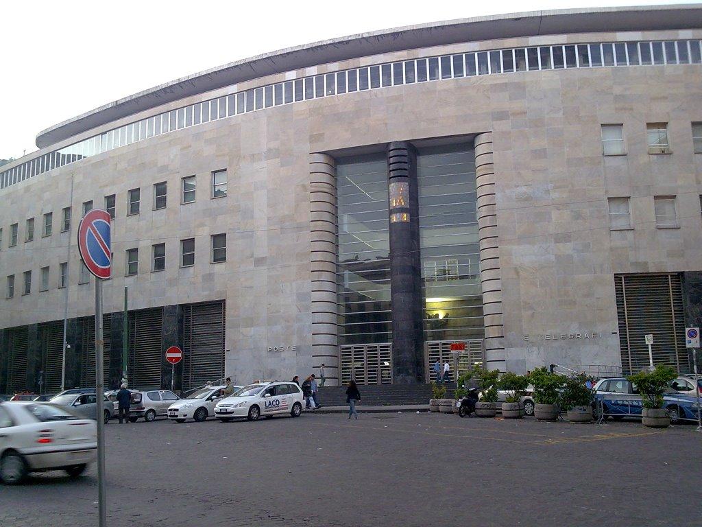 Poste Italiane, in 135 Uffici Postali di Napoli e Provincia si può  prenotare il proprio turno tramite Whatsapp. - Gazzetta di Napoli